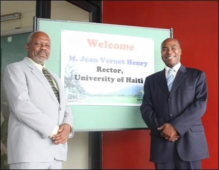 Le Professeur Jean-Vernet Henry, Recteur De L'Université D'Etat D'Haïti (UEH) Et L'ambassadeur Denis P. Régis, Directeur Général Du Centre D'études Diplomatiques Et Internationales (CEDI)