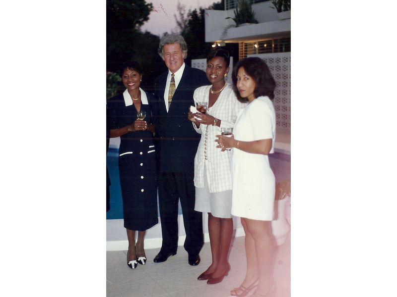 Les Etudiants Du CEDI Recus En La Residence De L Ambassadeur Du Canada En Haiti S E M Gilles Bernier (16)