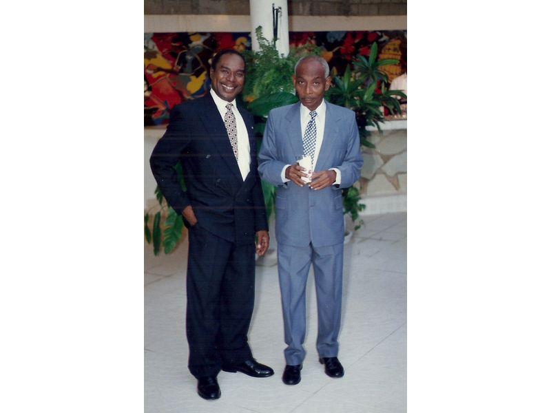 Les Etudiants Du CEDI Recus En La Residence De L Ambassadeur Du Canada En Haiti S E M Gilles Bernier (19)