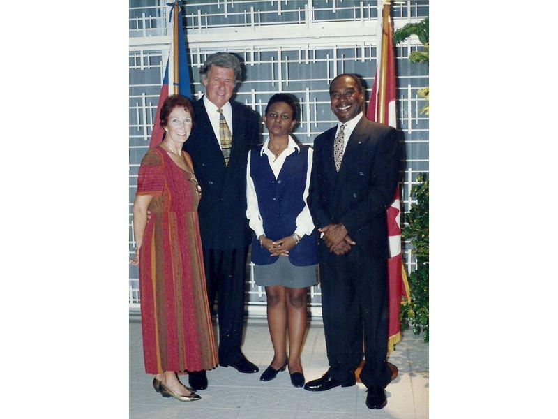 Les Etudiants Du CEDI Recus En La Residence De L Ambassadeur Du Canada En Haiti S E M Gilles Bernier (20)