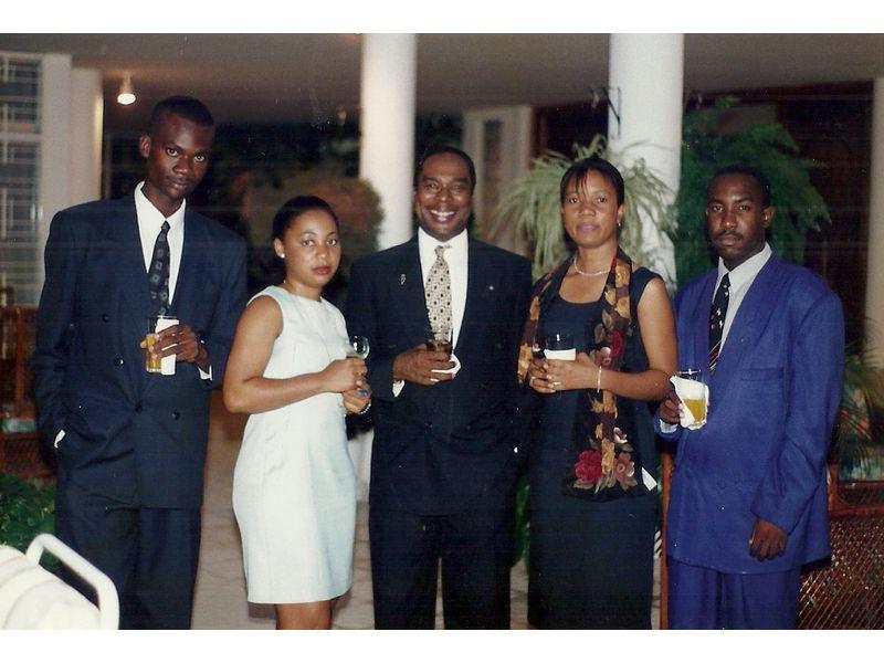 Les Etudiants Du CEDI Recus En La Residence De L Ambassadeur Du Canada En Haiti S E M Gilles Bernier (37)