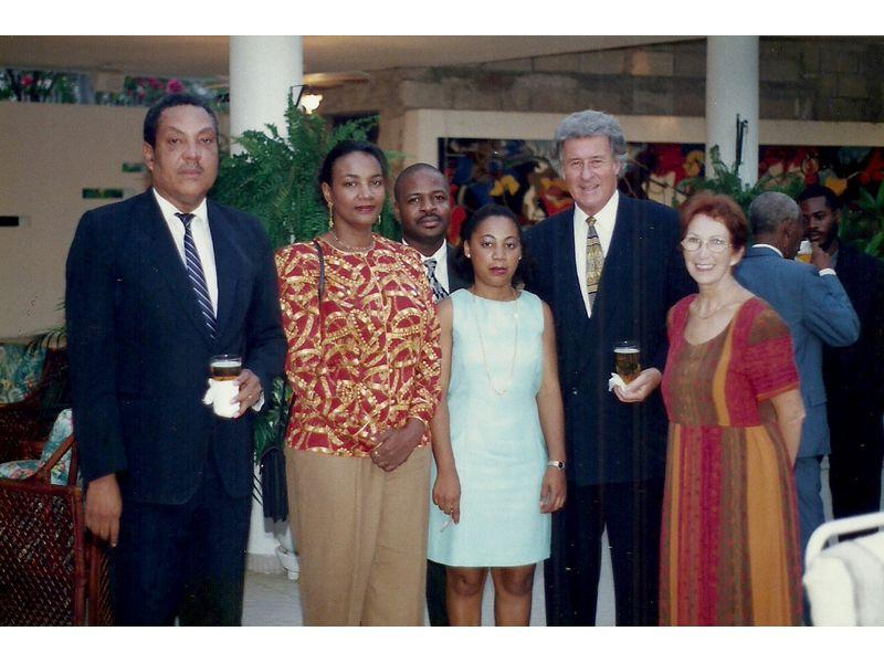 Les Etudiants Du CEDI Recus En La Residence De L Ambassadeur Du Canada En Haiti S E M Gilles Bernier (38)