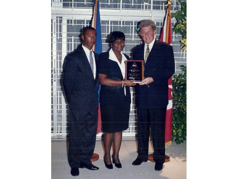 Les Etudiants Du CEDI Recus En La Residence De L Ambassadeur Du Canada En Haiti S E M Gilles Bernier (46)
