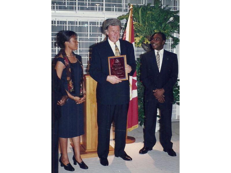 Les Etudiants Du CEDI Recus En La Residence De L Ambassadeur Du Canada En Haiti S E M Gilles Bernier (6)