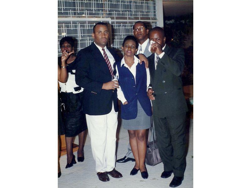 Les Etudiants Du CEDI Recus En La Residence De L Ambassadeur Du Canada En Haiti S E M Gilles Bernier (8)