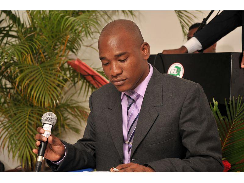 Denis Regis Nomme Ambassadeur D Haiti Aux Nations Unies 94