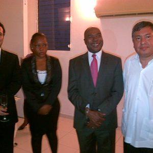 Visite De Lambassadeur Du Mexique En Haiti Au Cedi Le 20 Mai 2013 1