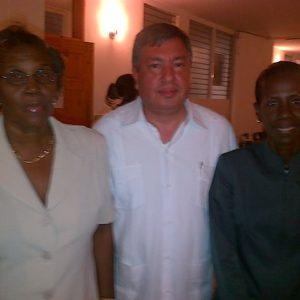Visite De Lambassadeur Du Mexique En Haiti Au Cedi Le 20 Mai 2013 5
