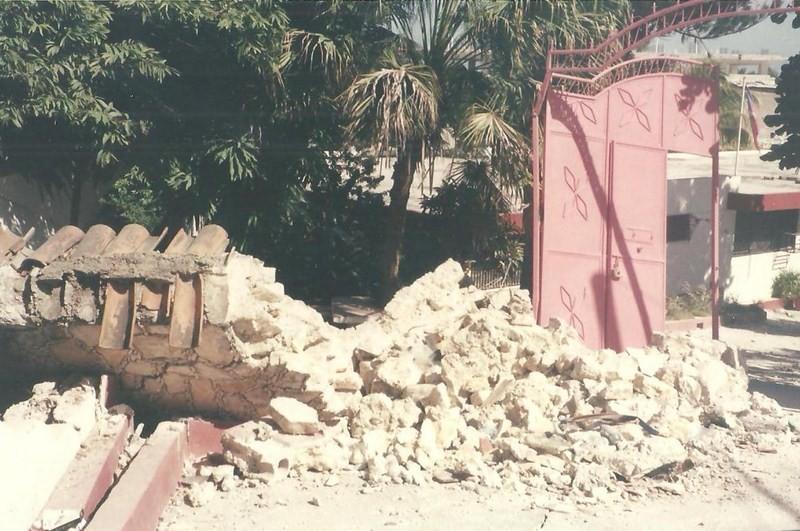 Les Degats Causes Par Le Seisme (3)